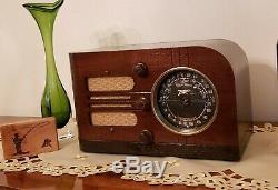 Vintage Zenith AM/SW Radio 6D-219 (1937) BEAUTIFULLY RESTORED