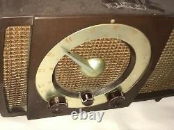 Vintage Zenith Bakelite Art Deco Tube Dial Radio Made in USA Model S-17366