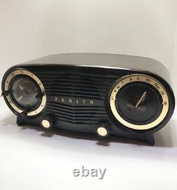 Vintage Zenith Clock Tube Radio Model L515