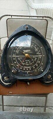 Vintage Zenith Console Tube Radio Dial burnt chassis for parts not working