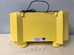 Vintage Zenith H511 Racetrack Tube Radio With Bluetooth Input