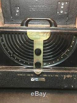 Vintage Zenith Long Distance Tube Radio Model 6G001. Powers Up. Art Deco Look