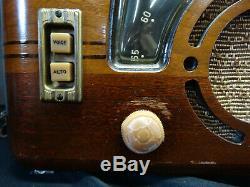 Vintage Zenith Model 6D630 Wooden Tube Radio Works