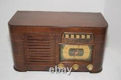 Vintage Zenith Model 6S627 AM/SW Push Button Table Radio Restored to Working