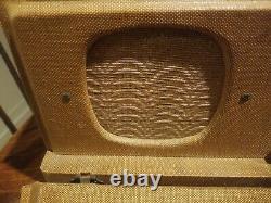 Vintage Zenith Model 6-G-501M Universal Portable Radio Working! Wavemagnet