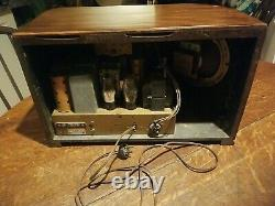 Vintage Zenith Model 6-S-321 Stars & Stripes Tube Radio Working! Looks Great