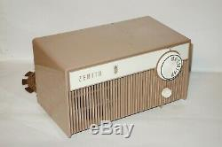Vintage Zenith Model F508L AM Tube Radio/Good WORKING Condition