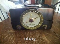 Vintage Zenith Model G725 AM/FM Tube Radio Working! Looks Great