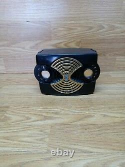 Vintage Zenith Owl Eyes Radio. Gold Grill. Plays Well. Preowned. Free Shipping
