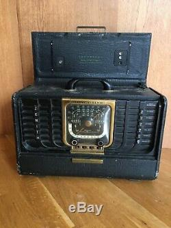 Vintage Zenith Trans Oceanic Clipper Model 8G005 Shortwave Radio