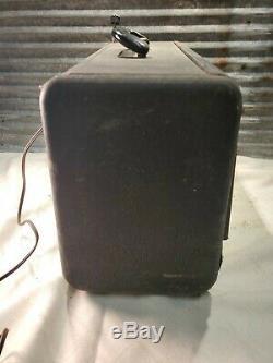 Vintage Zenith Trans-Oceanic G500 Shortwave Radio World Receiver (1949)