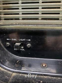 Vintage Zenith Trans Oceanic Wave Magnet Multiband Tube Radio
