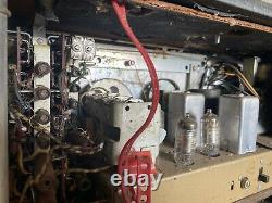 Vintage Zenith Trans Oceanic Wave Magnet Tube Radio Model T600-T600L. 1956