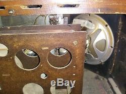 Vintage Zenith Tube Radio Chassis Model 7S633 Push Button Rare Shortwave