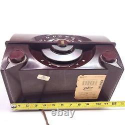 Vintage Zenith Tube Radio Portable AM 1958 Art Deco Bakelite R615 Works
