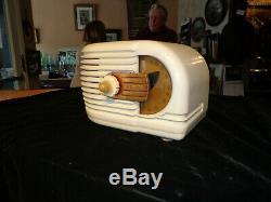 Vintage Zenith Tube Radio-model 6-d-311-ivory-restored-1938/39