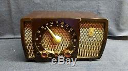 Vintage Zenith USA AM/FM Armstrong Tube Radio Model S17366