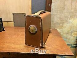 Vintage Zenith Z404l Leather Covered Cabinet Portable Tube Radio