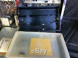 Vintage radio Zenith Transoceanic wavemagnet all transistor royal 1000 port