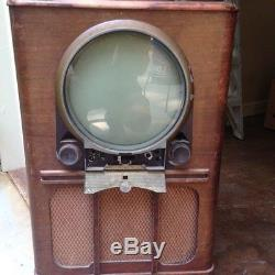 Vintage zenith tv MODEL # 2350RZ1 RARE