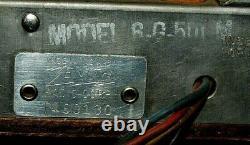 Vnt. 1940`s Zenith Long Distance Portable Wave Magnet Tube Radio Model 6-G-501M