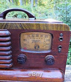 Vtg 40s ZENITH 5G403 Long Distance Wave Magnet Wood Portable Tube Radio RARE