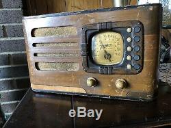 Working 1938 Zenith Antique Tube Radio