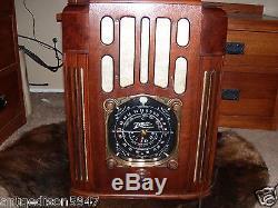 ZENITH 10-S-130 BLACK DIAL TOMBSTONE TUBE RADIO (1937)