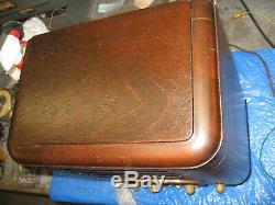 ZENITH 5-S-327 Racetrack wood tombstone AM/SW radio Super! & Serviced