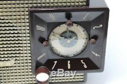 ZENITH Bakelite Tube Radio Model J733 Z733 VINTAGE Excellent Working Condition