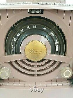 ZENITH model 6G801 Theater Door Tube Radio Vintage