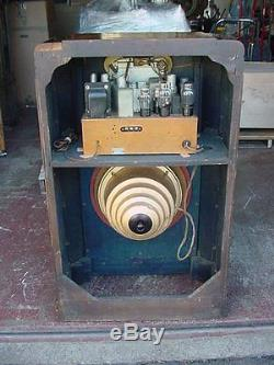 Zenith 10s153 Console Radio