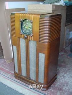 Zenith 10s160 Console Radio