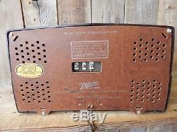 Zenith 1940s Bakelite Tube Radio Vintage Estate Find