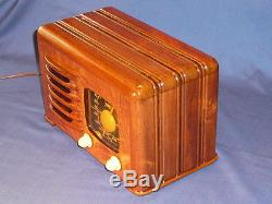 Zenith 6D525'Toaster' AM radio with that amazing wood and performance