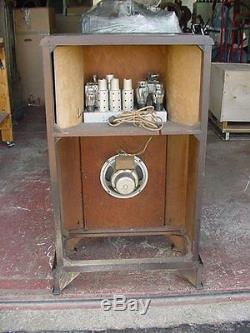 Zenith 750 Console Radio