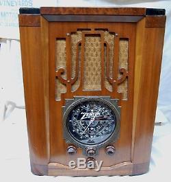 Zenith 7S-28 Tombstone Radio