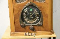 Zenith 9s232 Walton Tombstone Radio 9-S-232 Powers up
