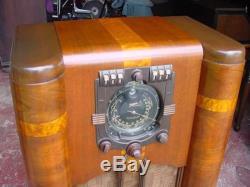 Zenith 9s365 Console Radio