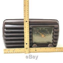 Zenith AM Portable Tube Radio 1940s Model 5-D-611