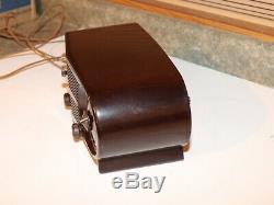 Zenith Bakelite Clock Radio Model S-18535 Owl Eyes