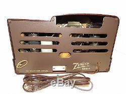 Zenith Beehive Art Deco Bakelite Plastic Case AM Tube Radio Model 6D312. Rare