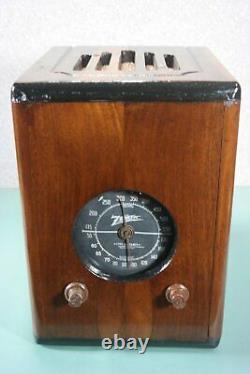 Zenith Black Dial Wood Tube Radio