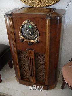 Antique Vintage Old Style Art Deco