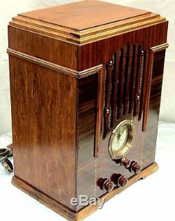 Zenith Deco Tombstone radio Fully Restored Cabinet M-808 Z Dial Outstanding