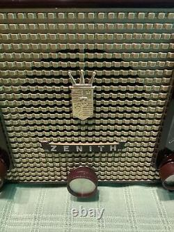 Zenith J733 chassis 7J03 antique 1952 AM FM clock radio working repaired