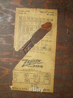 Zenith Model 6D030 6 tube Eames Art Deco Radio Excellent Condition! Works Great