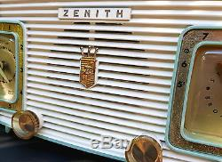 Zenith Model A515F Clock Tube Radio From 1957 With Original Factory Paint