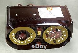 Zenith Model G516 Antique Bakelite Tube Clock Radio Recently Serviced & Detailed