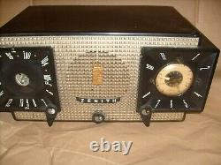 Zenith Model J-733 AM/FM Clock tube Radio (1956) NICE CASE With CHASSIS